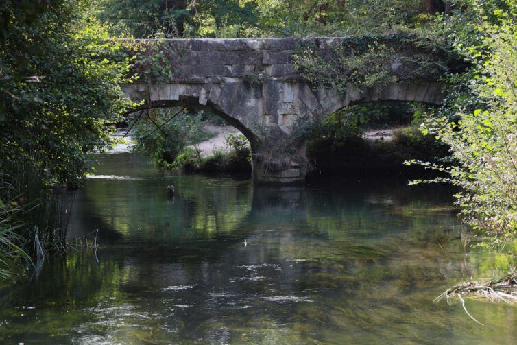 Мост-акведук Чоргуньский на реке Черная в Черноречье