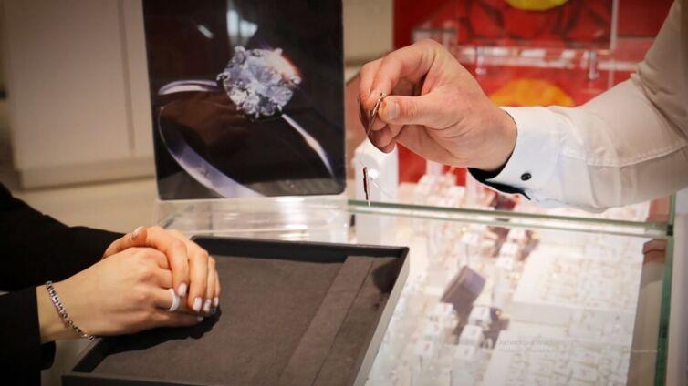 Видеосъемка предложения руки в Монро